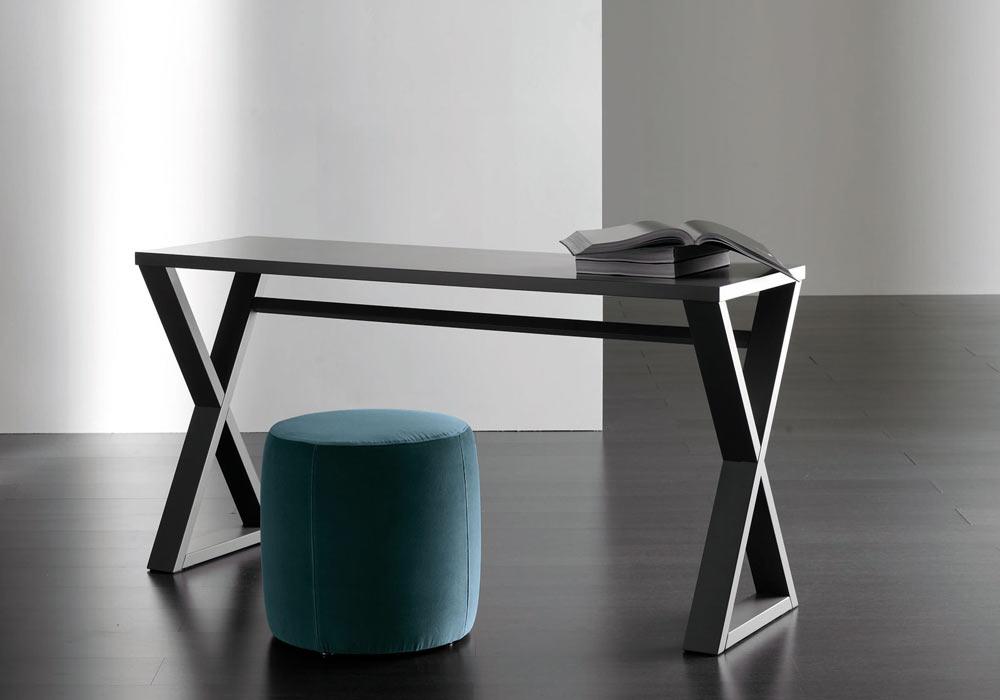 Trestle table study desk
